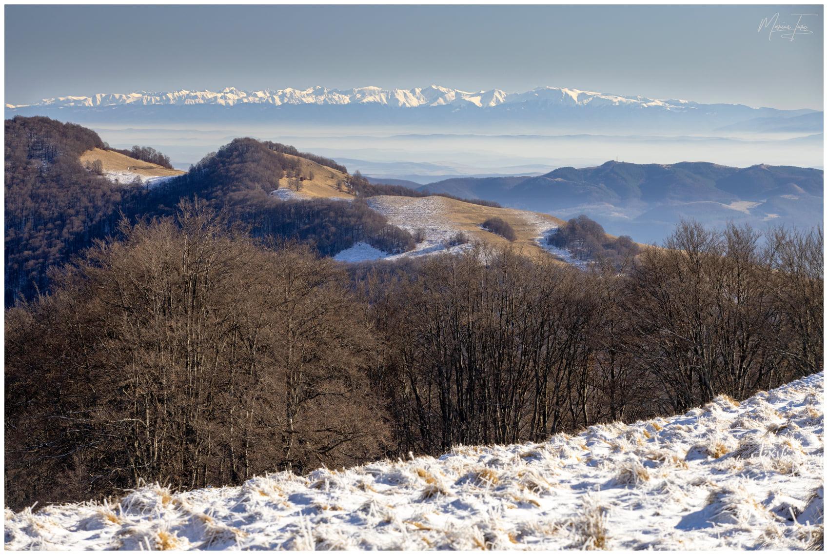 Vedere panoramica spre Muntii Fagaras - Marius Turc