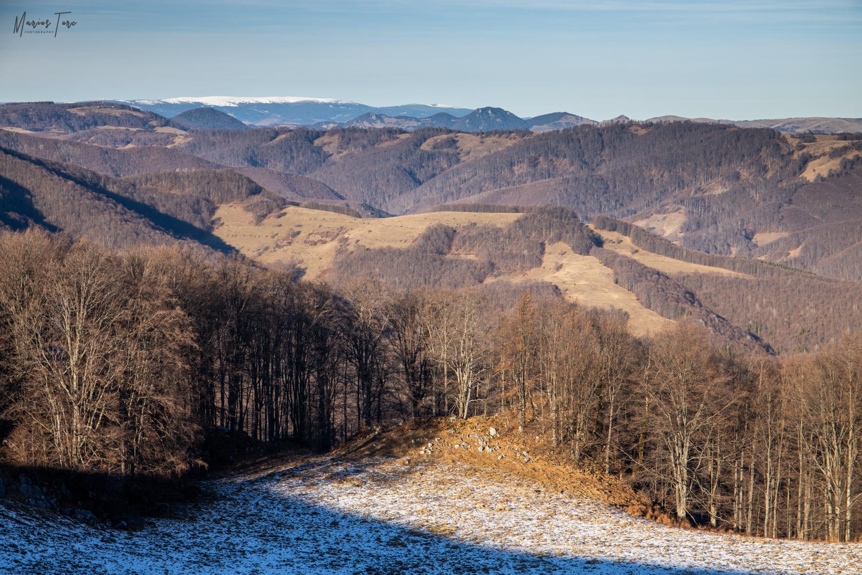 Muntele Mare in departare - Marius Turc