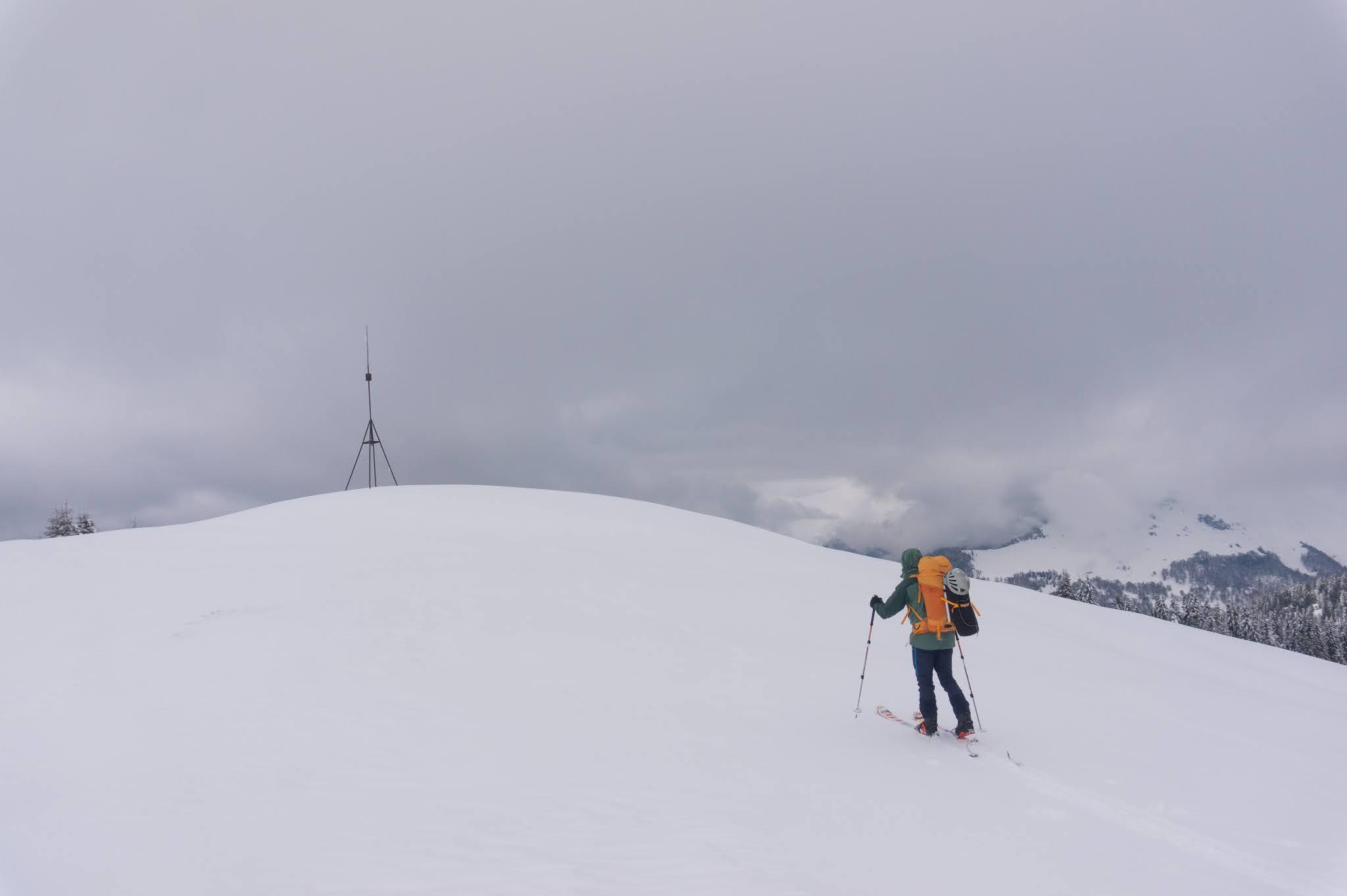 Urcarea pe vârful Capul Beneșului - Alina Cîrja
