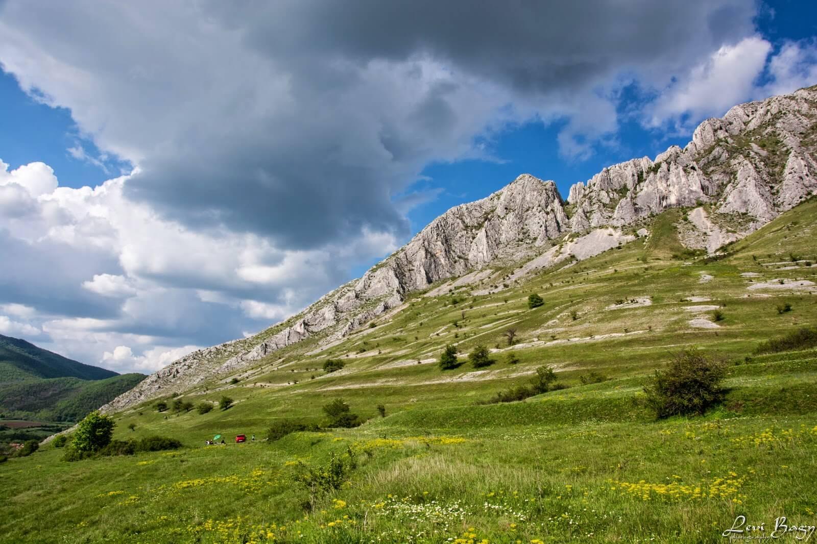 Camping Piatra Secuiului - Levi Bagy Photography