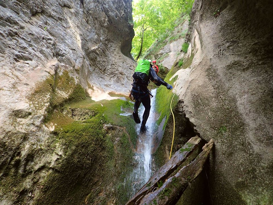 Canyoning Canion Oselu - Adventures Center