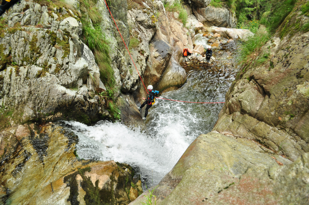 Canyoning Valea Marii - Aventura & Socializare