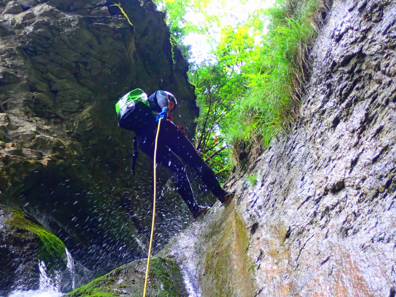 Canyoning Canionul Jgeabului - Adventure Center