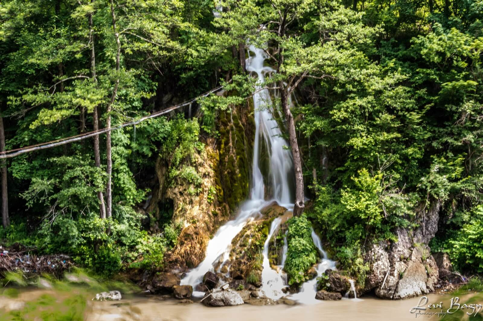 Cascada Șipote DN75 - Levi Bagy Photography