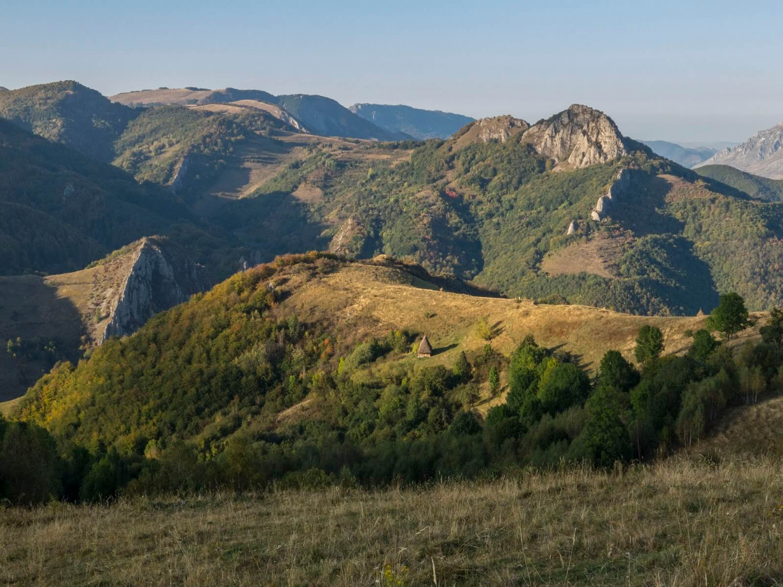 Coltul-Plesii-si-Piatra-Butanului - Marian Poara