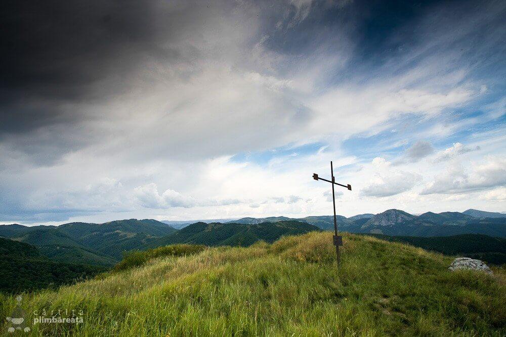 Crucea de pe Piatra Craivii - Cârtița Plimbăreață