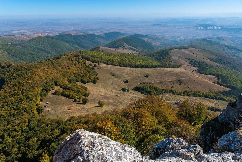 Drumul dinspre Bucerdea spre Piatra Craivii - Daniel Morar