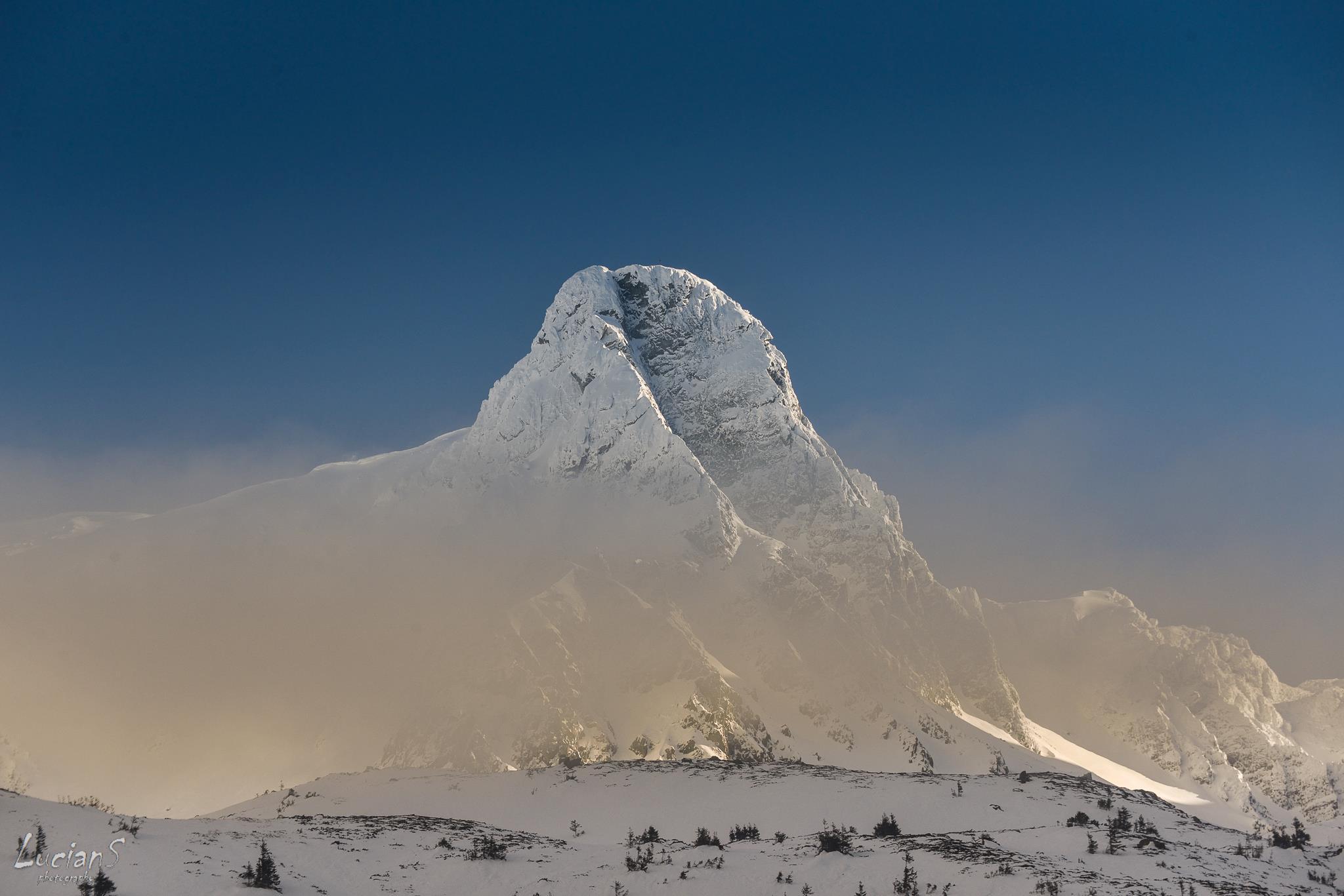 Matterhorn-ul Romaniei - Coltul Balaceni - Lucian Satmarean