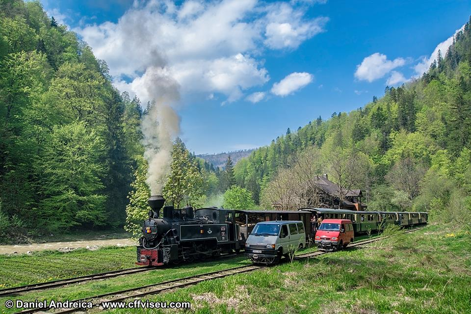 Mocanita - Valea Vaserului - trenul cu aburi si drezinele