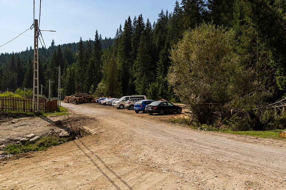 Posibilitate parcare traseu TR - Valea Sep - Andrei Pahomi