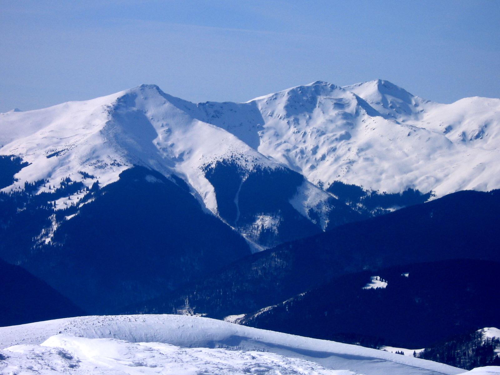 Vedere spre Munții Rodnei