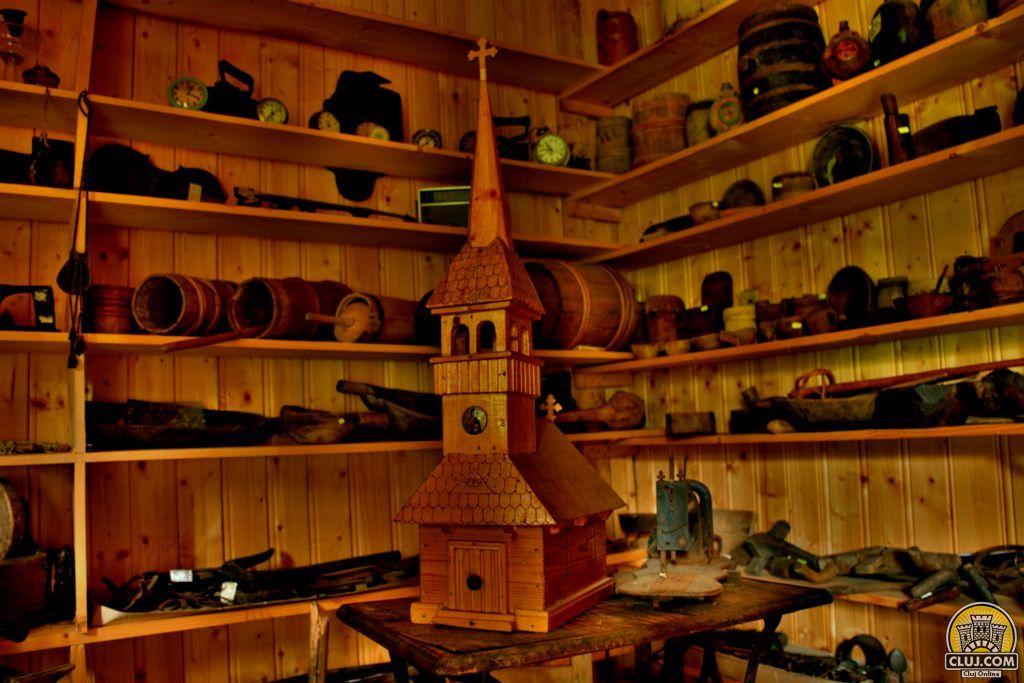 Muzeul Satului Marisel - ClujCom