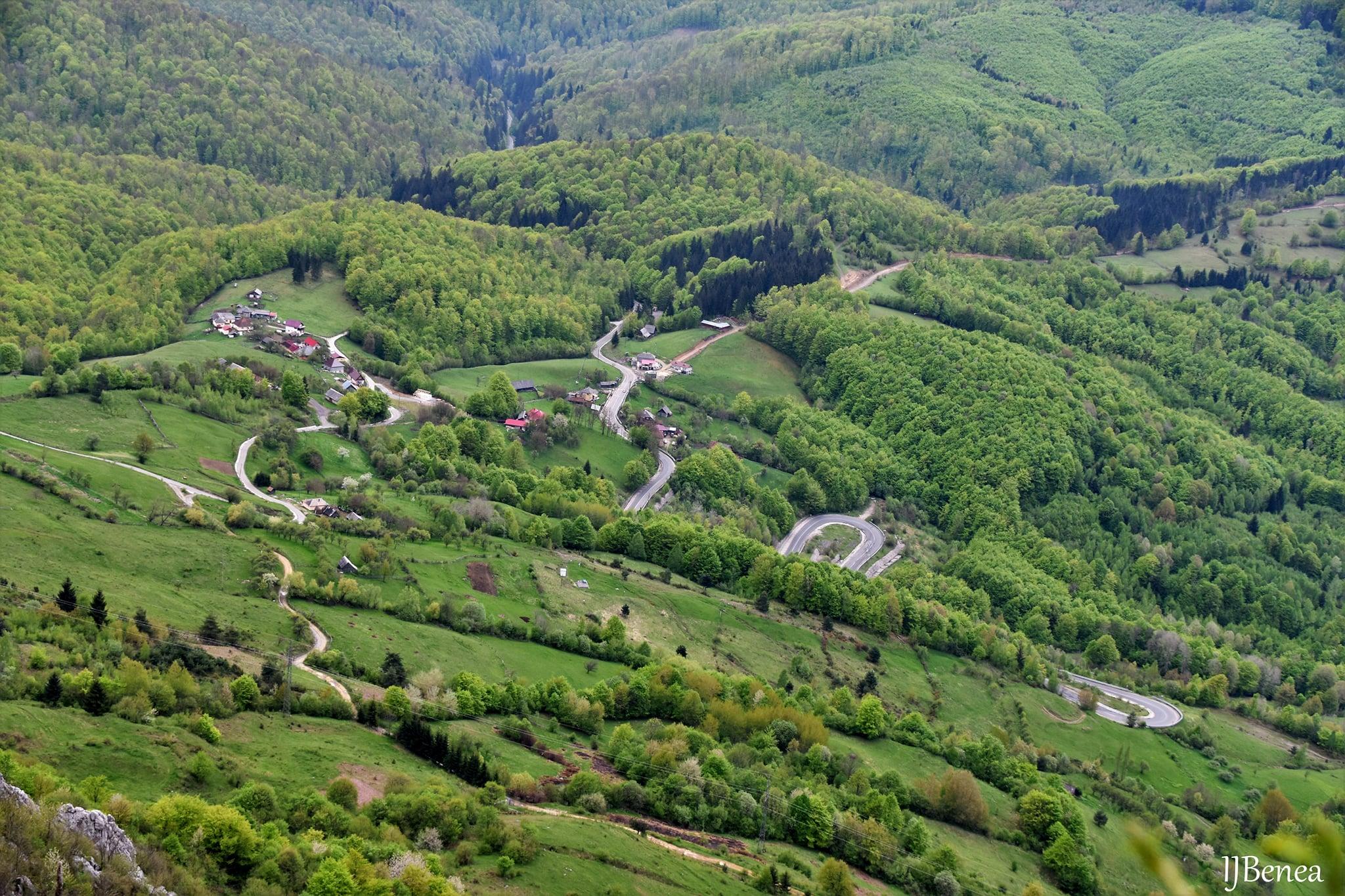 Serpentinele drumului Buceș-Vulcan - Abrud - Ioan Benea Jurca