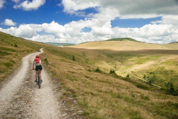 4mb 13track in muntii maramuresului pedaland spre fantana stanchii