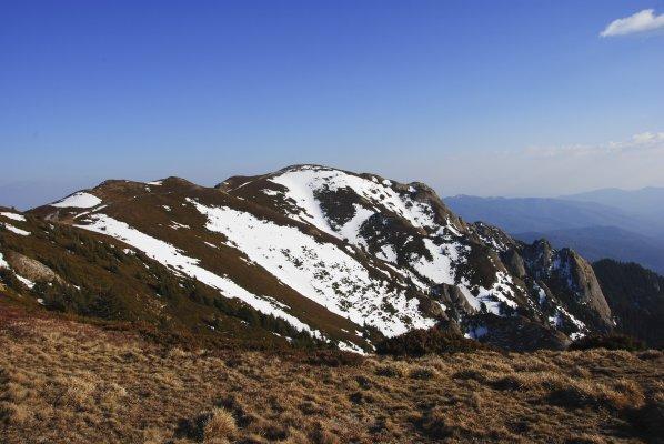 De la punctele meteorologice spre vf Gropșoare - 07.jpg
