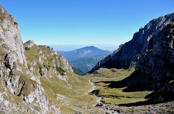 Valea Malaiesti - caldarea glaciara 2 - 2.JPG