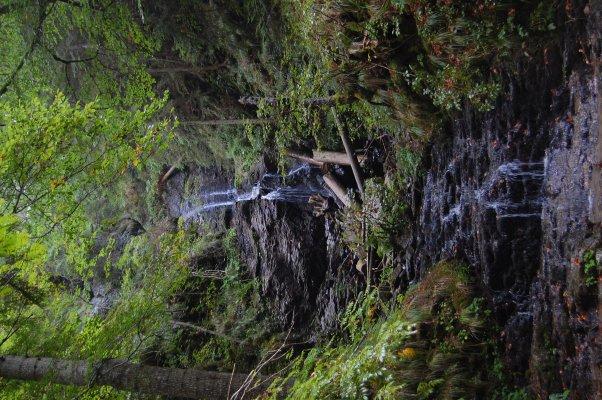 _13MN_img_24 Cascada Valul Miresei din Valea Iadului cu debit redus.jpg