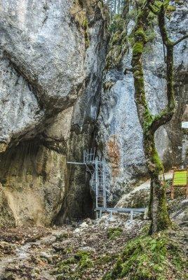 5mn img intrare canion 7 scari - 05 2