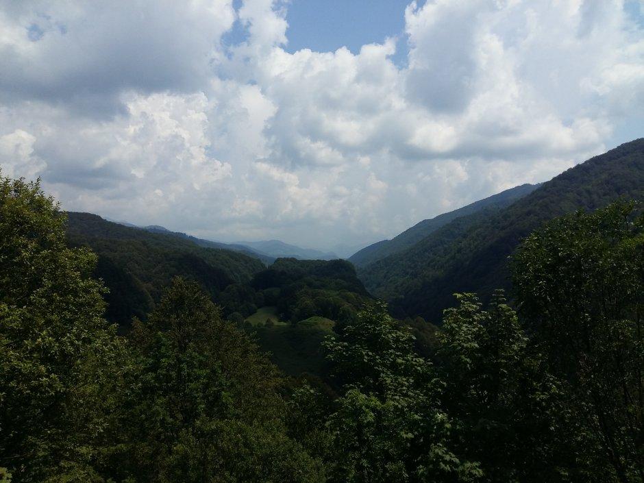 14mn img 23ta priveliste cu muntii mehedinti 0