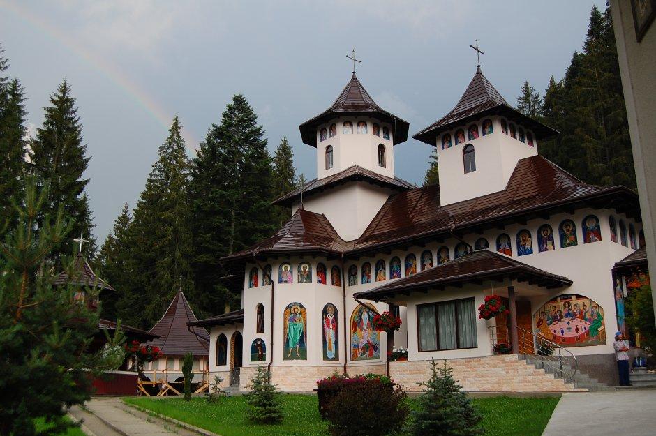16mn img 16tg manastirea sihastria raraului 0