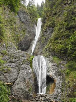 9mn img cascada duruitoarea 06