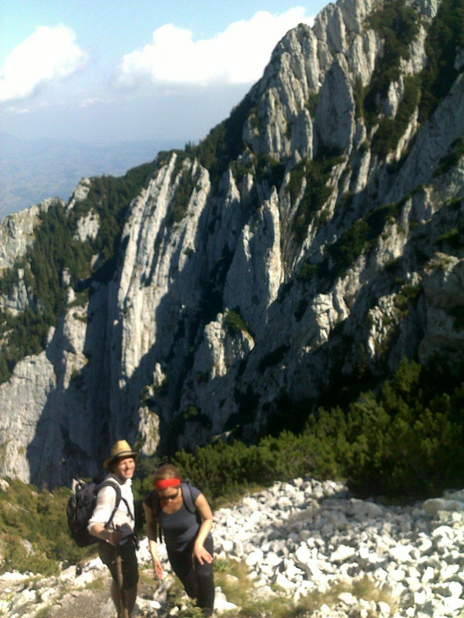 hike in piatra craiului transylvania