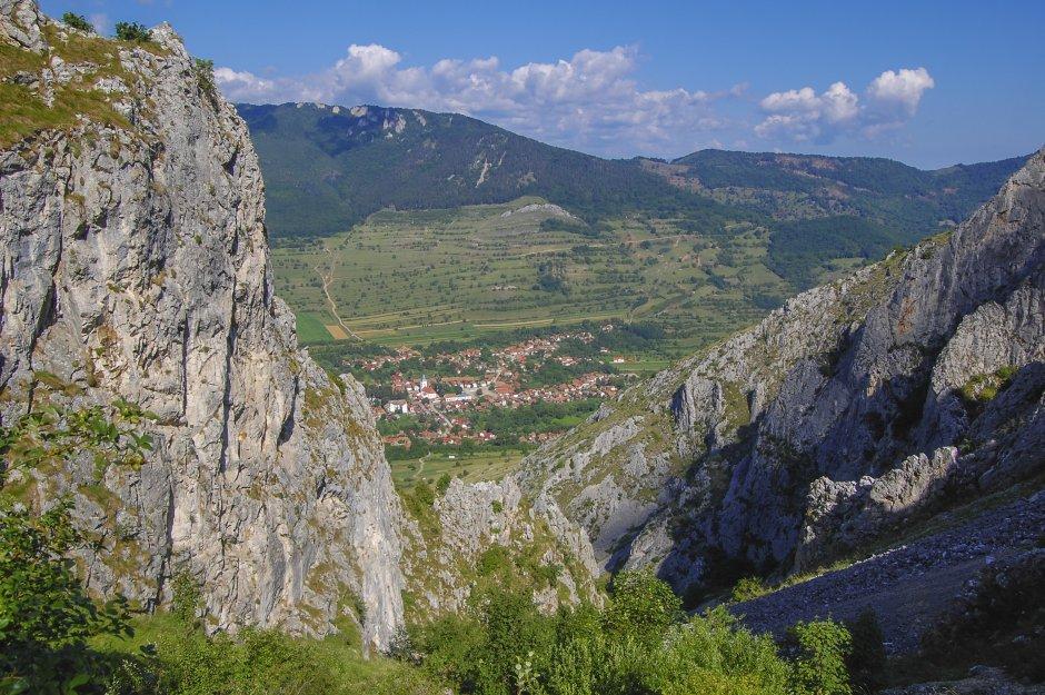 localitatea rimetea vazuta de la piatra secuiului - 07 0