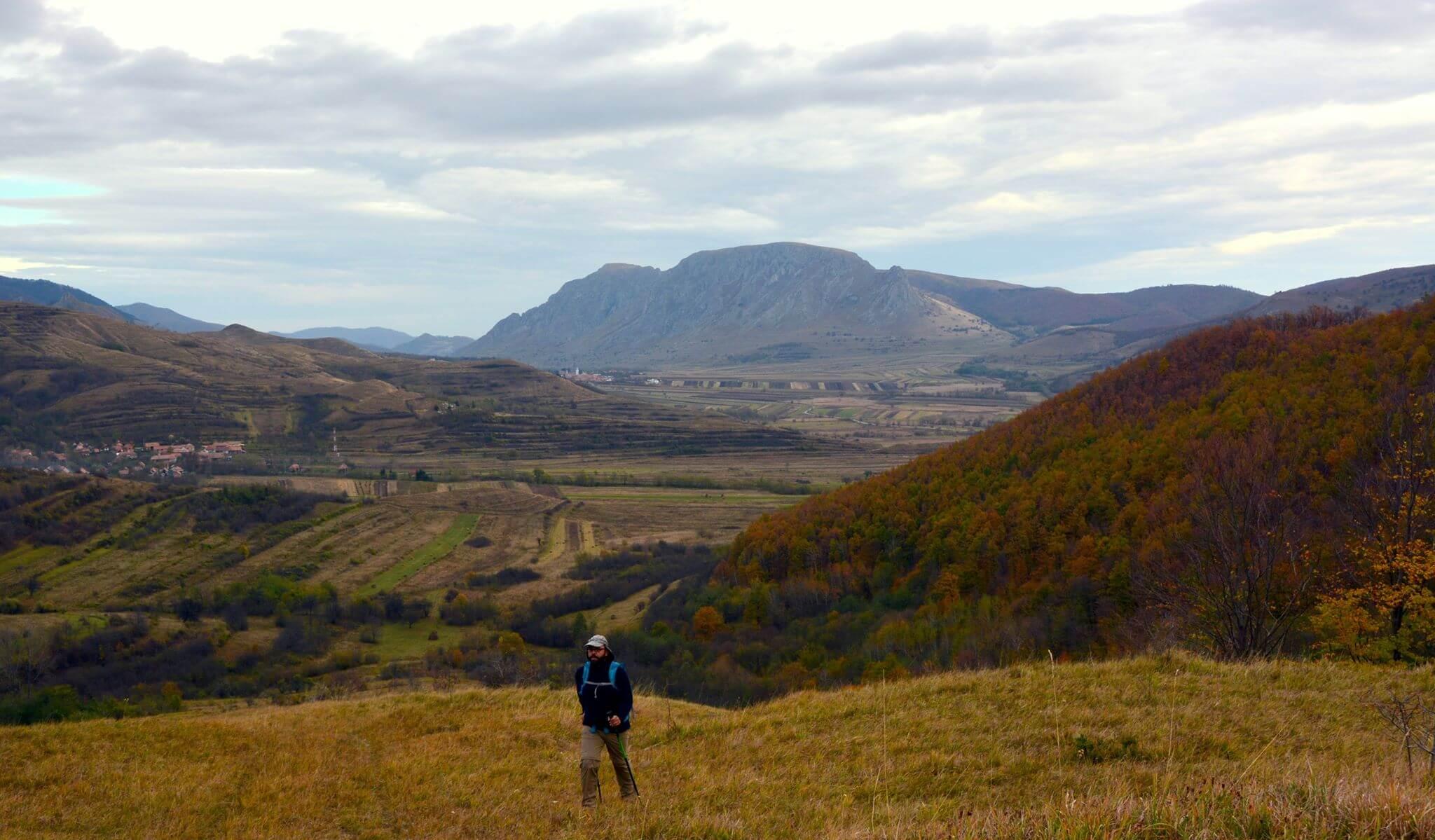 Urcare din Izvoarele spre Cheile Bedeleului - Marius Viorel Motogna