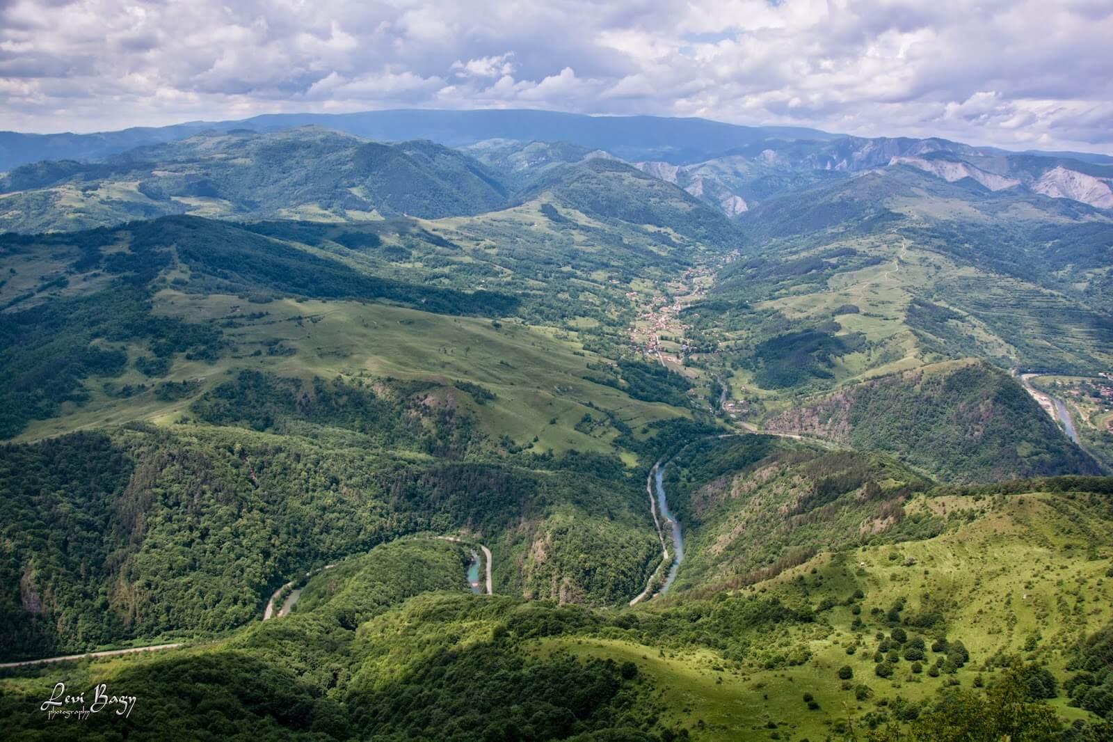 Valea Ariesului - Levi Bagy Photography