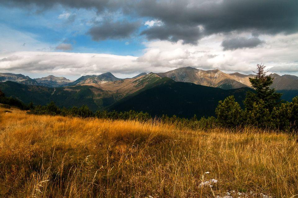 Vederi spre Retezatul nordic - Daniel Morar